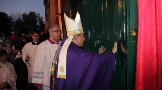 In pellegrinaggio alla Porta Santa della Cattedrale