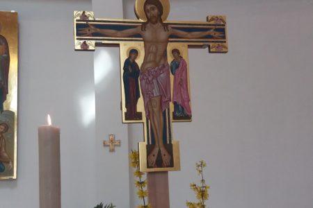 Un nuovo crocifisso